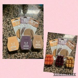 Scentsy Wax (3) and Circle Fresheners (3)